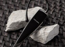 Chat in Style | Prada and LG Launch Bluetooth Headset