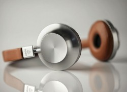 Let Aedle Serenade You With Their Luxury Headphones