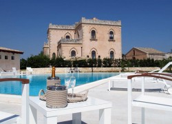 Villa Villino: Why Getting Shipwrecked in Sicily Can Be a Good Thing