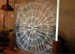 What gorgeous art created with scary lightning looks like
