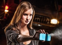 Spraytect smartphone case delivers a shot of pepper spray