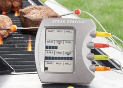 Steak Station Monitors Four Steaks At Once (Or One Massive Heart Stopper)